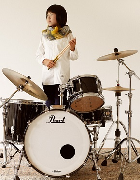 <center>Yoyoka: Drummer Extraordinaire!</center>